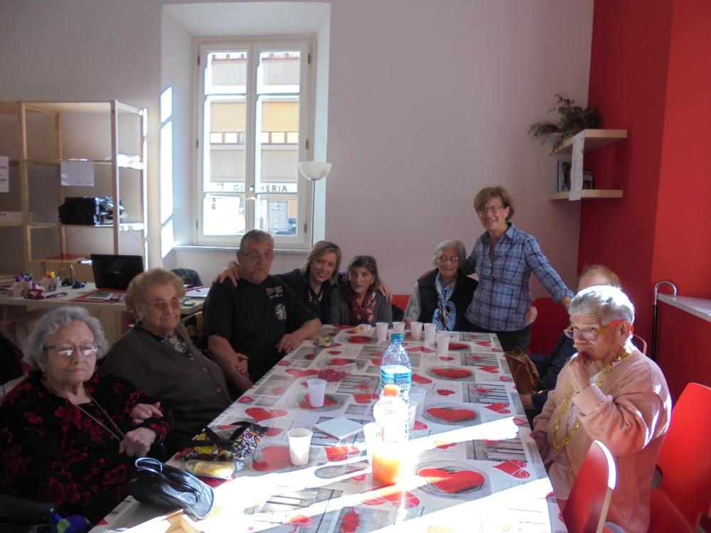 Attività con gli anziani
